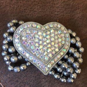Stretchy heart bracelet